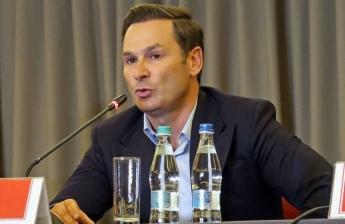"""""""Nu dăm Dinamo oricărui papagal! Vine oricine de pe stradă și flutură sume fără dovezi"""""""